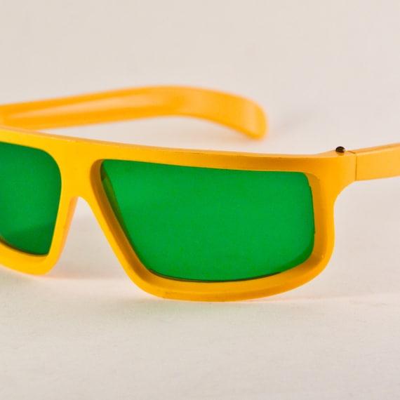 Vintage Sunglasses 1960's NOS RARE