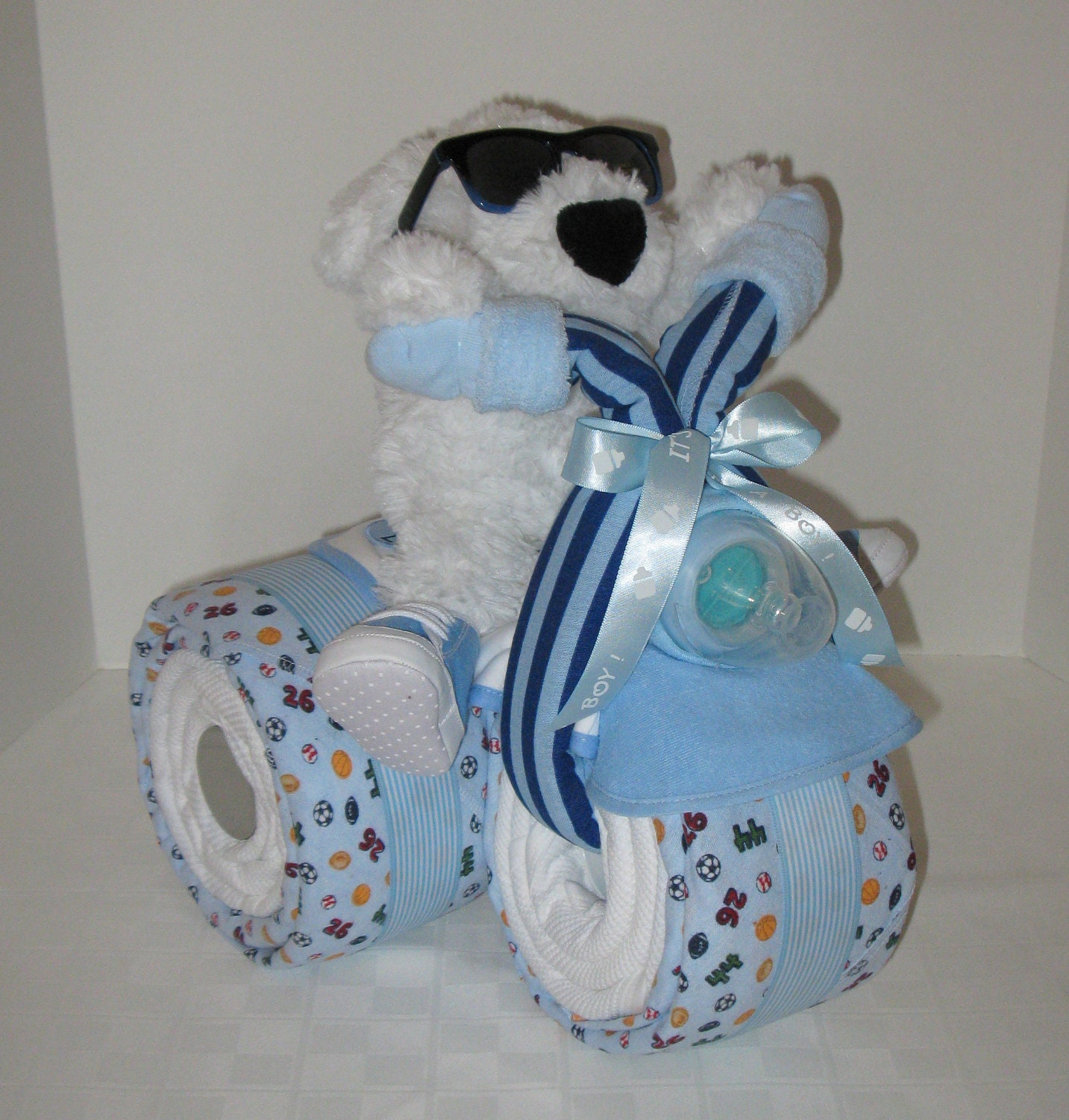Baby Gift Nappy Cake : Baby gift cake tricycle trike diaper