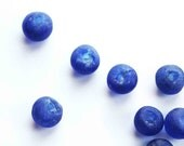 Cobalt blue beads - tribal recycled glass - 4pc - 20mm rounds - rough matte glass - sea glass look -
