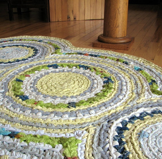 Triple Disc Apple Green and Lemon Yellow Crocheted Rag Rug