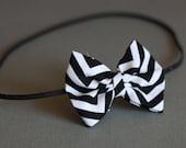 Baby Headband - Black and White Chevron - Newborn Photography Prop - The Zoe