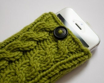 Peapod Green Double Cable Knit Phone Case (iPhone 3/4/4S/5/5S/5C/6/6+/7/7+)