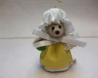 Free Shipping ) Sunflower  ... is beige felt  handmade adorable Country Mouse Ornament. By Terrys Country Shop  ( 113  )