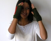 Fall Fashion,winter Accessories,Wrist Warmers, green, red, fingerless gloves,Christmas gifts