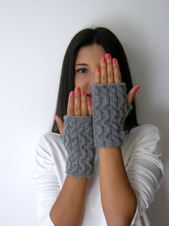 fingerless gloves, gray,Christmas gifts,Fall Fashion,winter Accessories,Wrist Warmers, READY TO SHIP