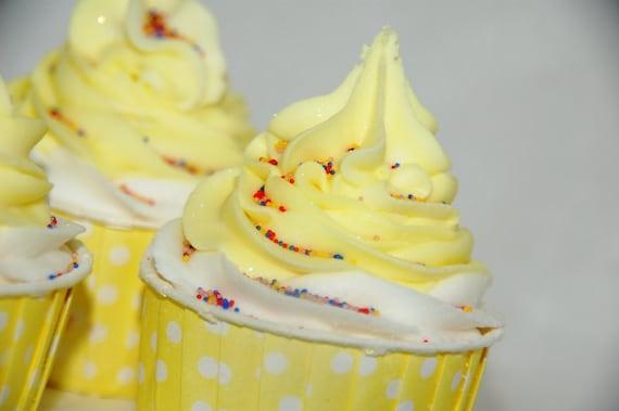 Lemonade Bubble Bath Bomb Cupcake