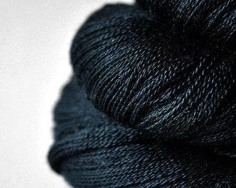 A dark storm has begun - Merino/Silk/Cashmere Fine Lace Yarn