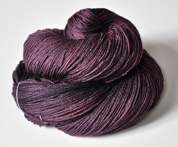 Rotten cherry juice OOAK - Merino/Silk superwash yarn fingering weight