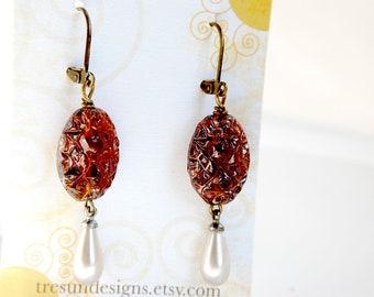 Czech Glass Earrings, Repurposed Earrings, Vintage Glass Earrings, Antiqued Brass Pearl Earrings, Upcycled Earrings, Retro Earrings
