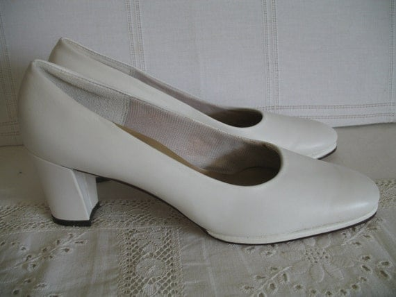 1960's Shoes-White Platform Chunky Heel-  Mad Men-Never Worn