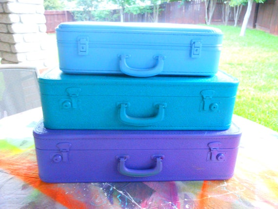 Jez4U Custom ORDER for a Vintage Stack of 3 suitcases tell me your colors and ask for in stock pics