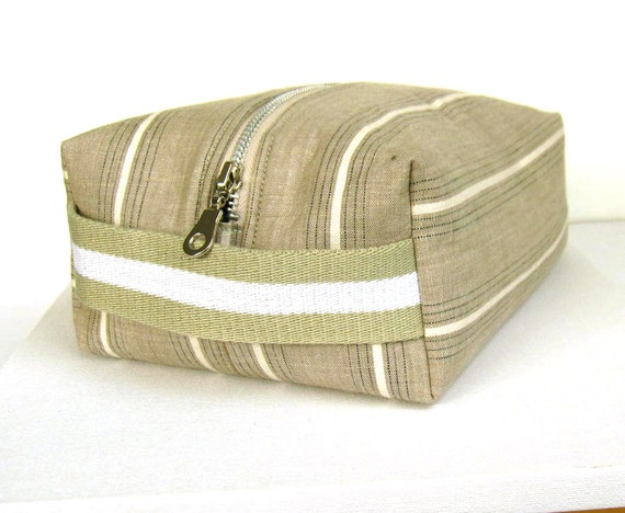 Dopp kit, men's toiletry bag , wash bag, Striped linen