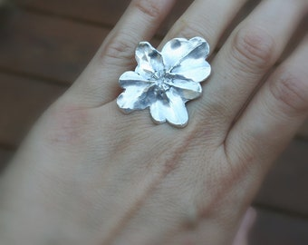 Fine Silver flower ring, Silver Statement ring