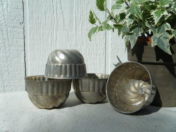 Vintage Mini Bundt Pans