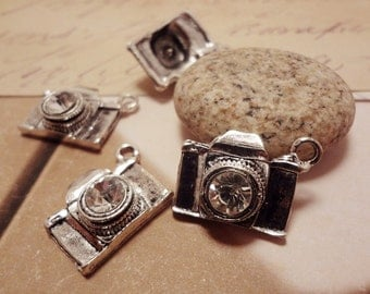 6pcs Antiqued Silver 19x14mm Camera with Shiny Crystal 3D Lens Travel Theme Connectors Charms Pendants Drops HK-J57