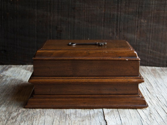 Wooden Jewelry Box - Victorian Vintage