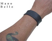 Mens Leather Cuff Narrow Dark Brown or Black Leather
