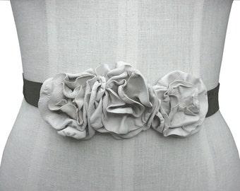 Womens choker - Leather Flowers Sash - Flower Headband - Flower Choker Necklace - Tie-On Belt -  Olive Suede Oyster White Leather Flowers