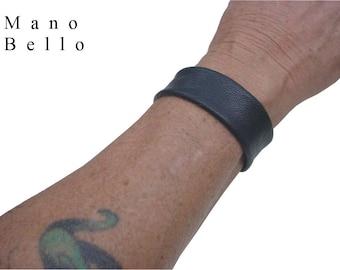Mens Leather Cuff - Narrow leather cuff -  Dark Brown or Black Leather - Goatskin - Soft leather cuff - 1 inch cuff - Brown leather cuff