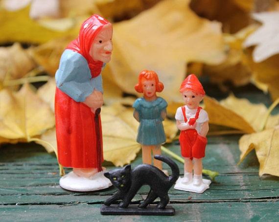 Hansel and Gretel or Witch & Children Halloween Cake Decoration