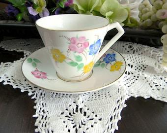 Vintage Rosina Fine Bone China Teacup Tea Cup and Saucer - Art Deco Handle - 7878