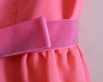 1960's Mod Empire-Waisted Shocking Pink Maxi Dress