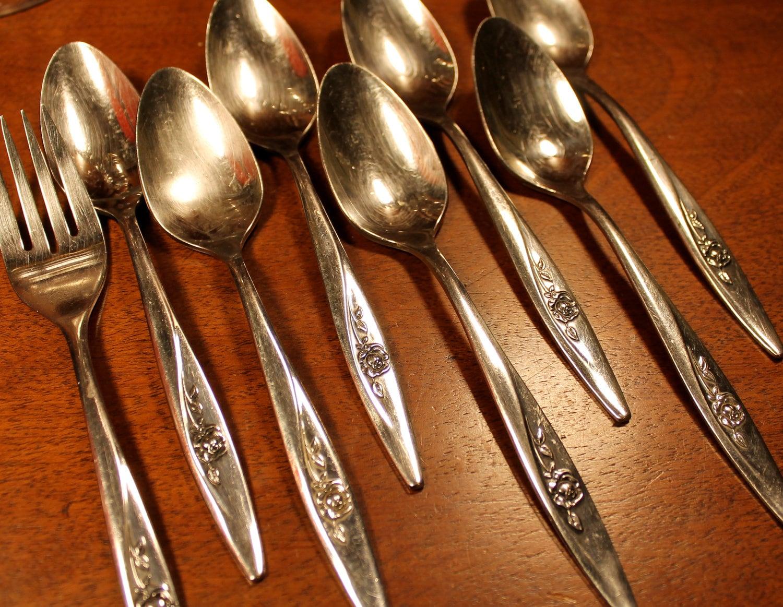 LASTING ROSE stainless silverware vintage flatware oneida