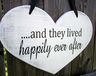 "10"" x 15"" Wooden Heart Wedding Sign:  Double Sided  .....and they lived happily ever after & Thank You"