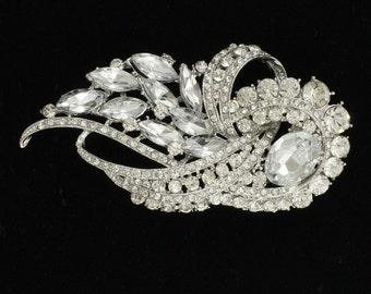 Bridal crystal rhinestone luxurious swarovski jewel wedding headpiece/haircomb.  VINTAGE CHARM.