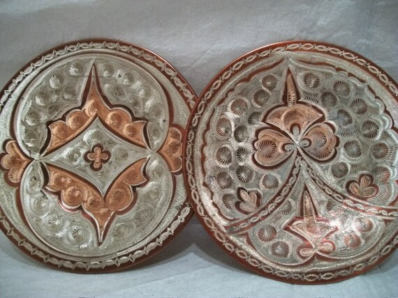 Set of 2 Vintage Etched Copper Plates, Decorative Copper Plates, Wall Hanging Plates