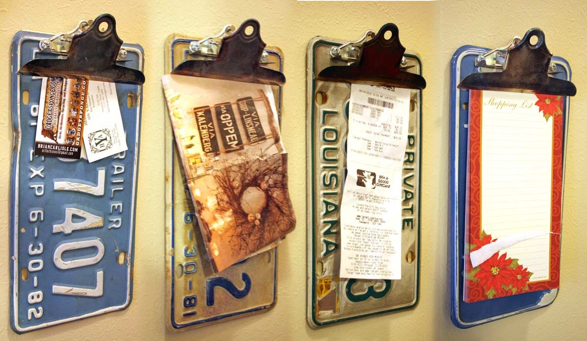 License Plate Clipboard Note Holder Wall Hanger Organizer