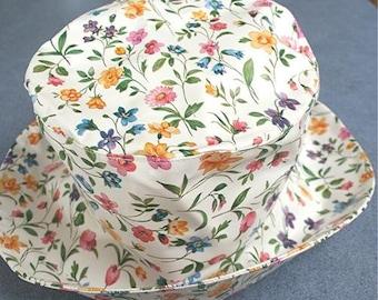 PVC Rain hat in Meadow Flowers
