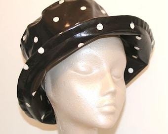 PVC rain hat in Black Spot