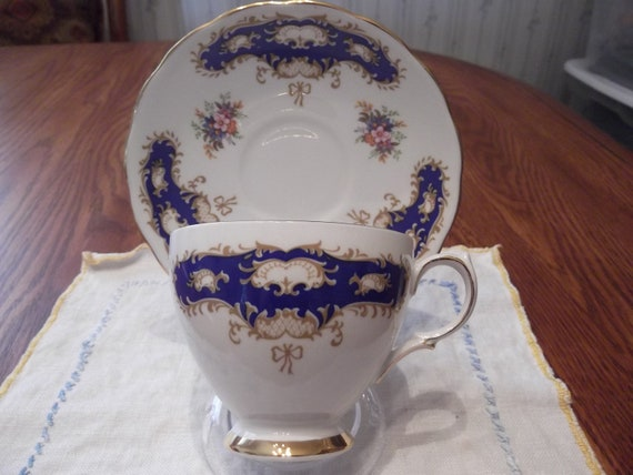 Queen Anne cup and saucer circa 1959-1966  -881