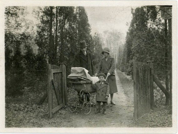 """Vintage Photo """"Family Time in the Park"""", Photography, Paper Ephemera, Snapshot, Old Photo, Collectibles - 0042"""