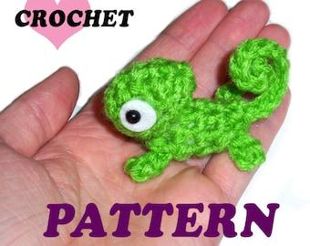 CROCHET PATTERN Mini Green Chameleon