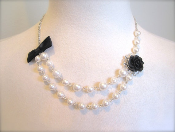 Black Rose Asymmetrical Pearls Necklace w Bow Old Hollywood Jewelry choker Elegant Classy Whimsical Wedding Jewelry Necklace Vintage.