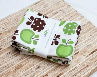 Large Cloth Napkins - Set of 4 - (N1611) - Green Apple Fruit Modern Reusable Fabric Napkins
