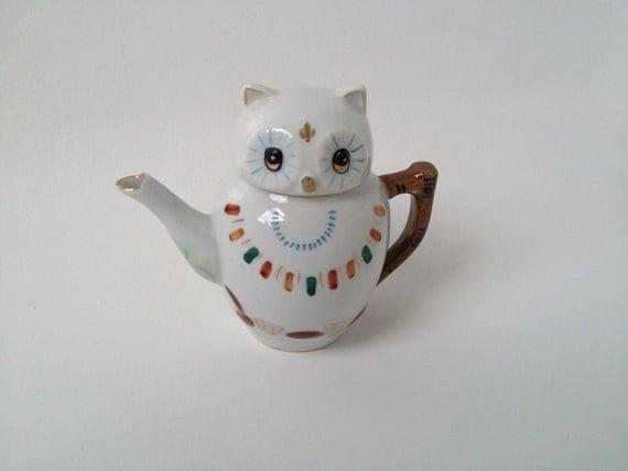 Exquisite Vintage Owl Teapot