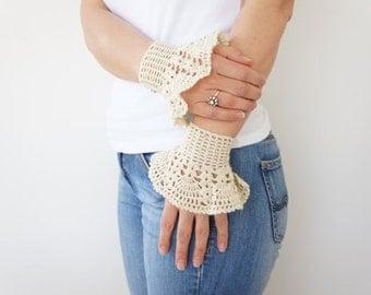 FINGERLESS // Ivory Bracelet Romantic Lace Crochet Cuffs Fine Cotton Stylish Handmade Wedding-gloves