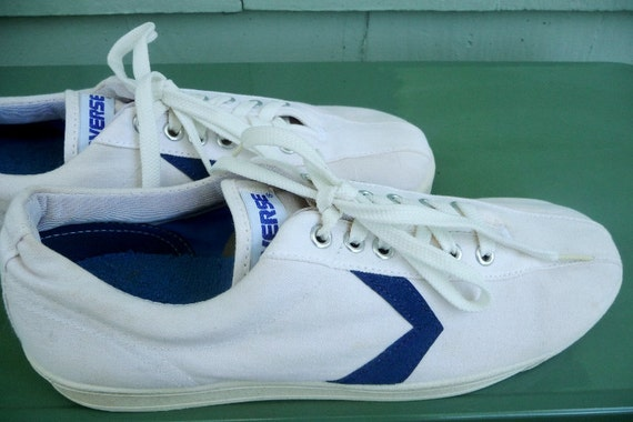 Vintage CONVERSE White and Blue Shoes 8 U.S.A.