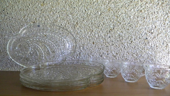 Vintage Federal Glass Madmen Style Crystal Snacker Set, Paisley Starburst, Set of 8 Plates and Cups