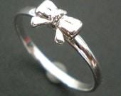 Silver Bow Ring - Ribbon Ring - Knuckle Ring - Midi Ring - Awareness Ring - Bow Pinky Ring