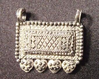 UNUSUAL Vintage Oblong Silver Pendant