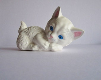 Vintage Ceramic White Kitten with Blue Eyes--1978