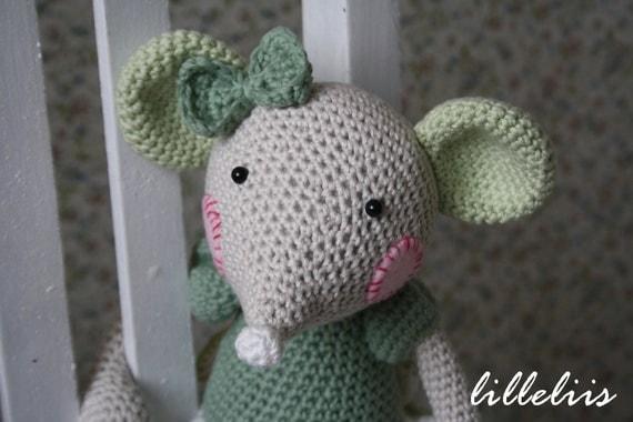 Amigurumi Balerin Fare Yapilisi : Ballerina-mouse crochet amigurumi toy