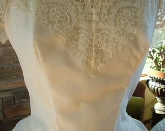 Wedding dress vintage 1950s lace tulle tea length bridal gown
