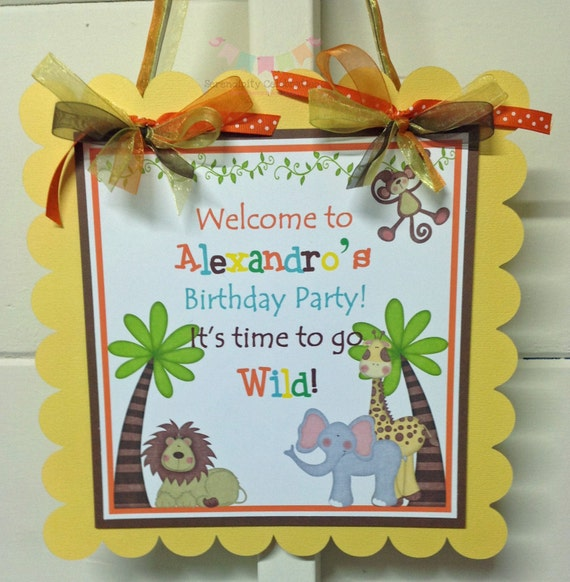 It's A Jungle Door Sign -Jungle Party - Baby Shower -Birthday