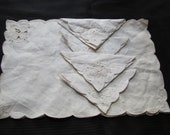 Set of 4 Vintage Ivory Linen Napkins and Place Mats - New Unused