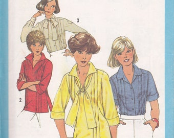 Simplicity 8209 Sewing Pattern size 10 from 1977 Blouse and pull over top with tucks uncut